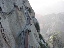 Huashan-Mountain-1