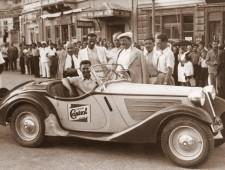 Димитър Соколов на автомобилна демонстрация във Варна 1938г.