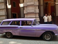 story_xlimage_2011_03_R1062_Cuba_Cars_Exhibit_32